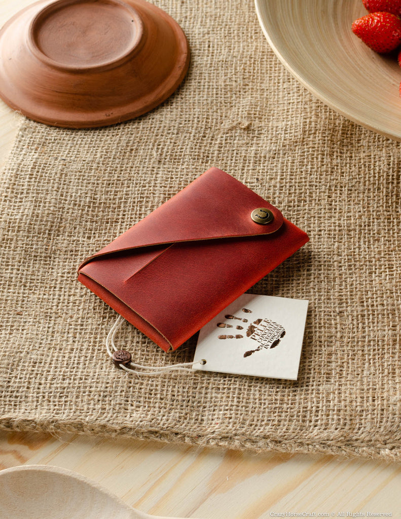 Minimalistic leather wallet card holder Fragola Red vegetable tanned leather