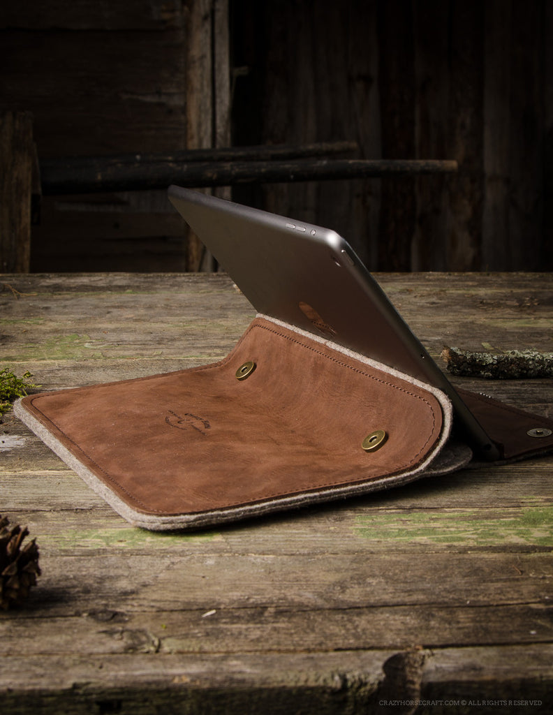 Leather MacBook 12 Case | WoodBrown