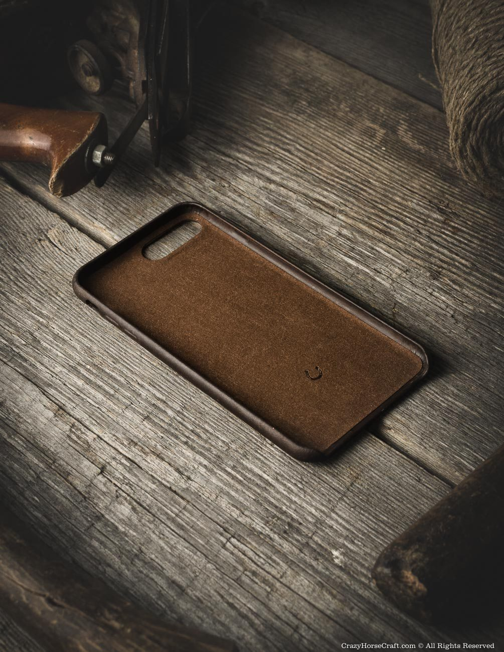 iPhone 8 plus leather case brown distressed inside