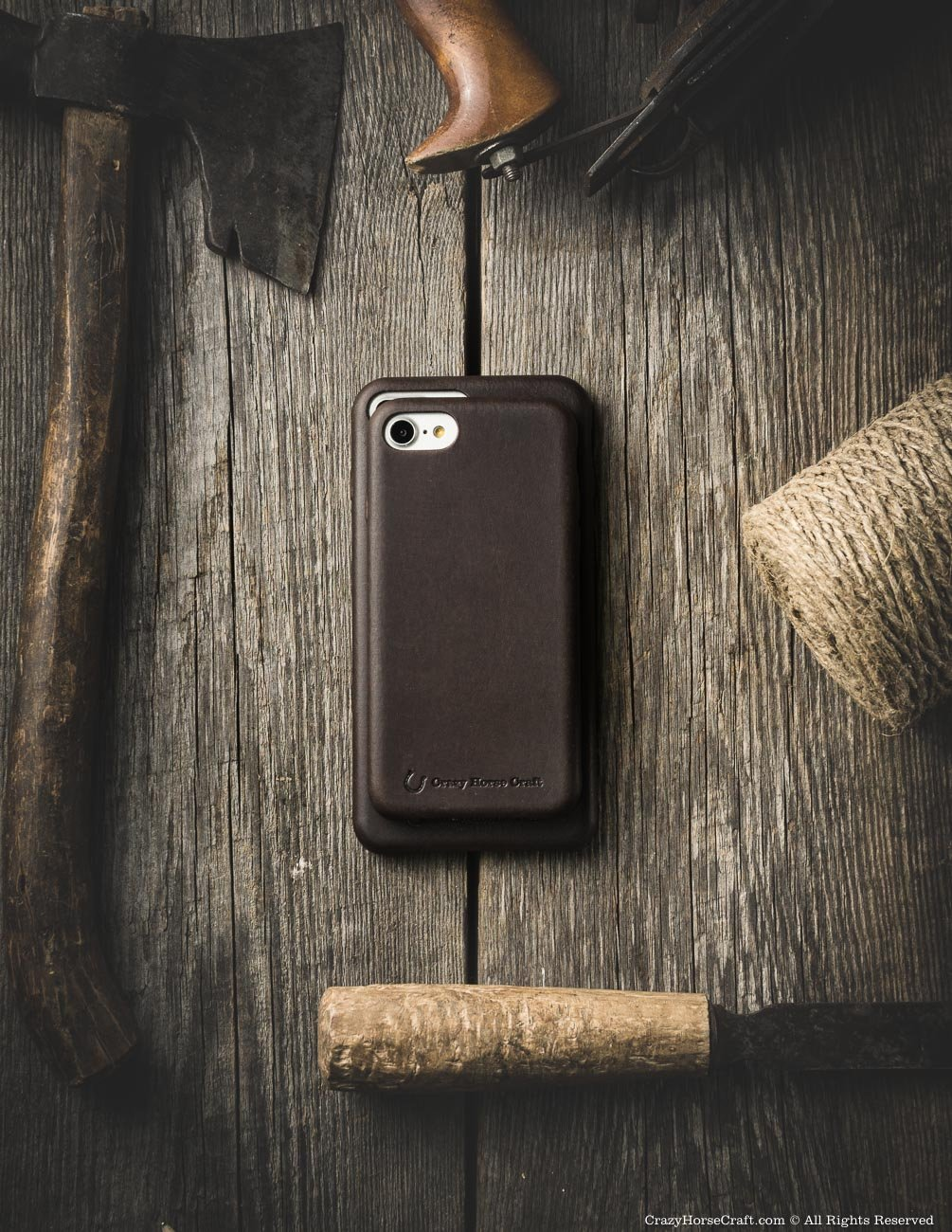 iPhone 8 leather case brown distressed side