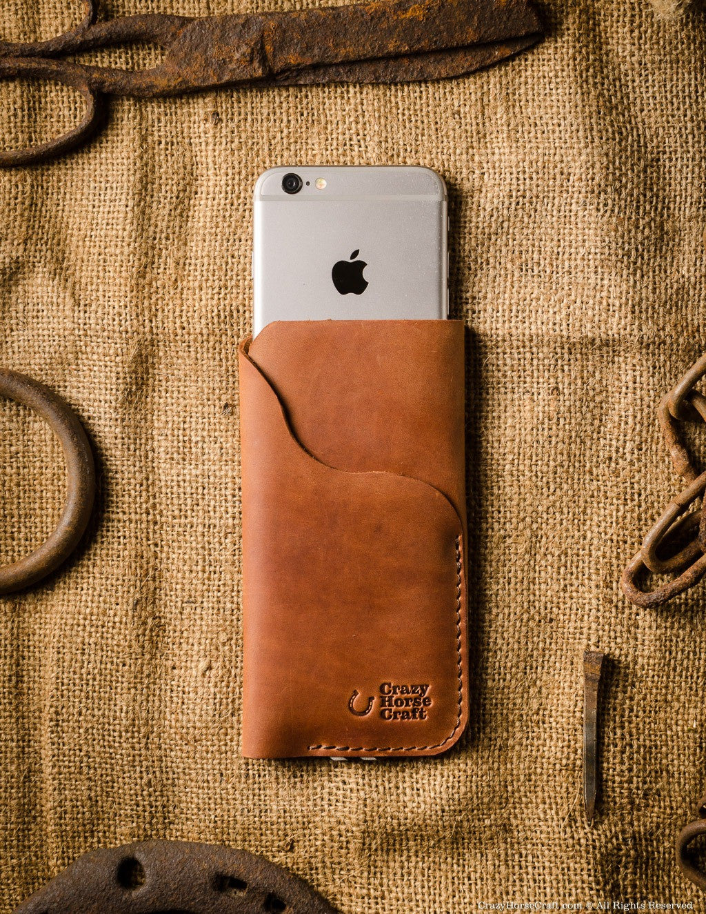 new style b0e08 34c8f iPhone Leather Case / Wallet with Card Holder | Classic Brown