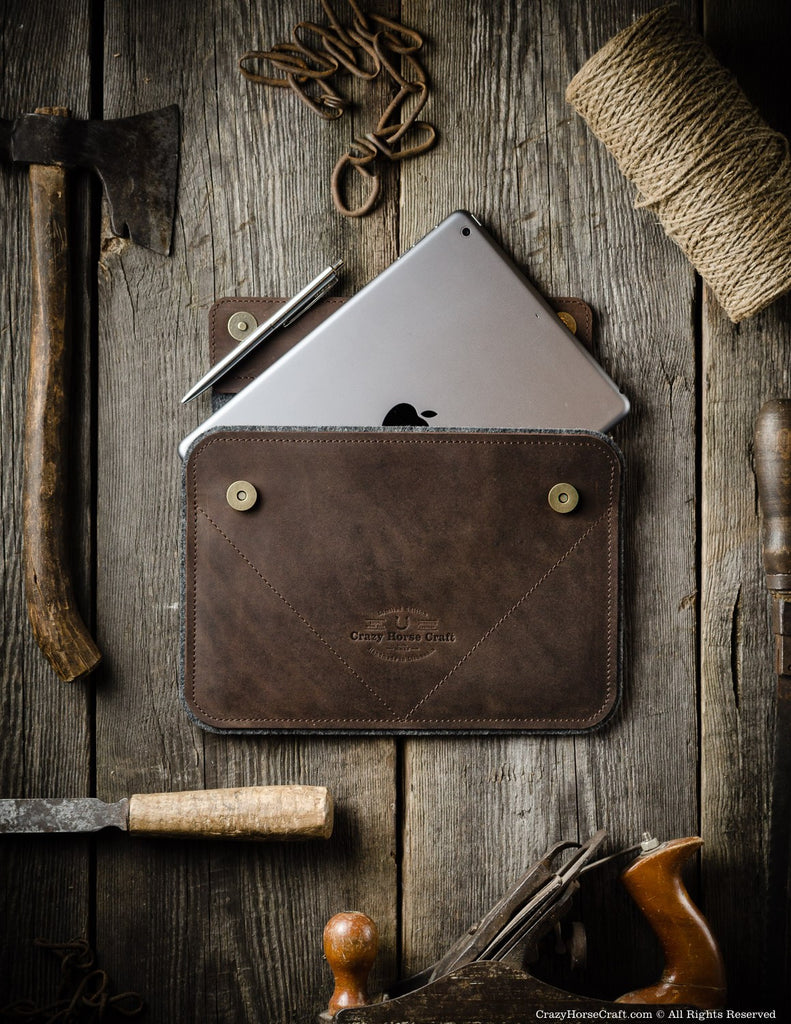 Leather iPad Pro Case with apple pencil pocket