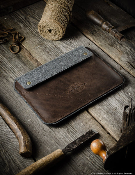 leather ipad proair case and stand wood brown � crazy