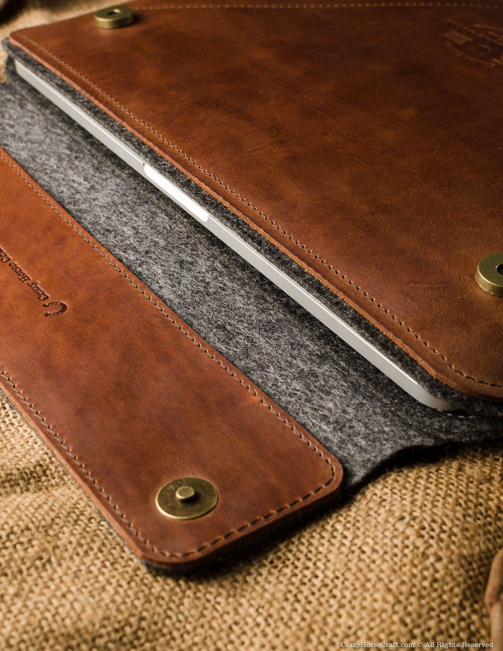 Leather macbook pro case sleeve brown inside