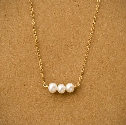 Gold Three Pearl Necklace Necklace with Three Pearls for Girls