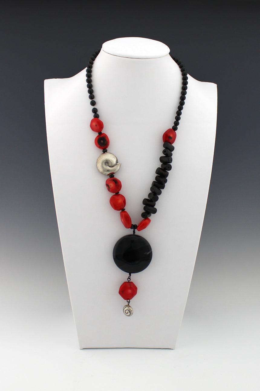 Vintage Red and Black Coral with Black Agate and Silver Shell Accent Necklace