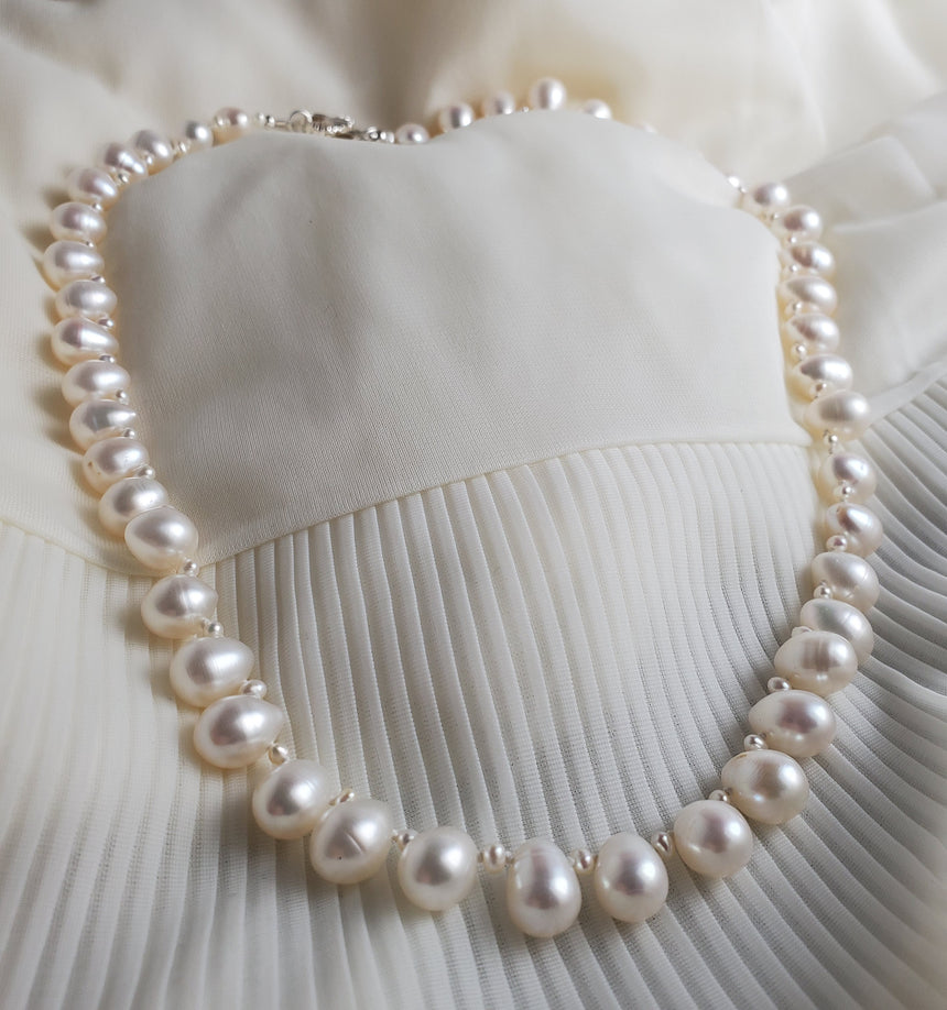 Lovers Knot White Freshwater Pearl Necklace, Hand knotted Natural Pearls, Wedding Pearl Necklace, Drop Pearl Necklace