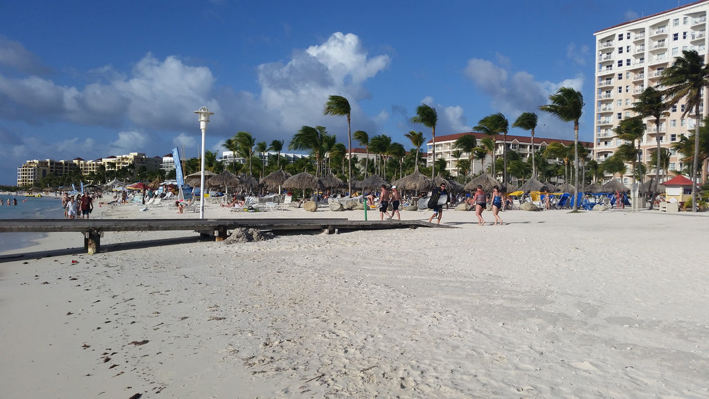 Beach Hopping in Aruba, HopSkipJumpPaper travel blog destinations tips and photography