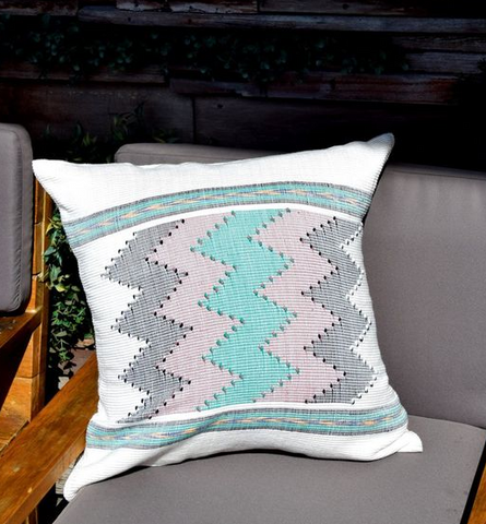 Tropical Outdoor Space DUFMOD pillow