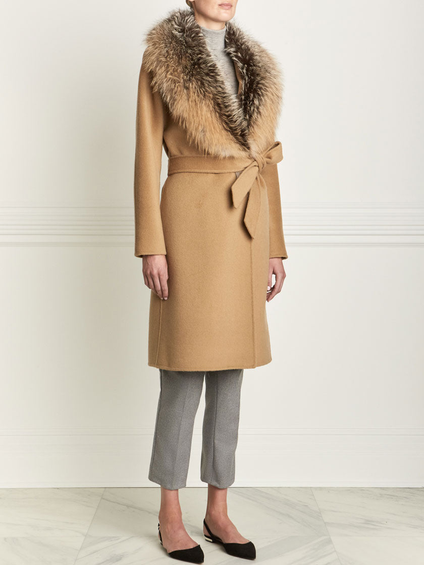 Fox Fur Coat in camel color