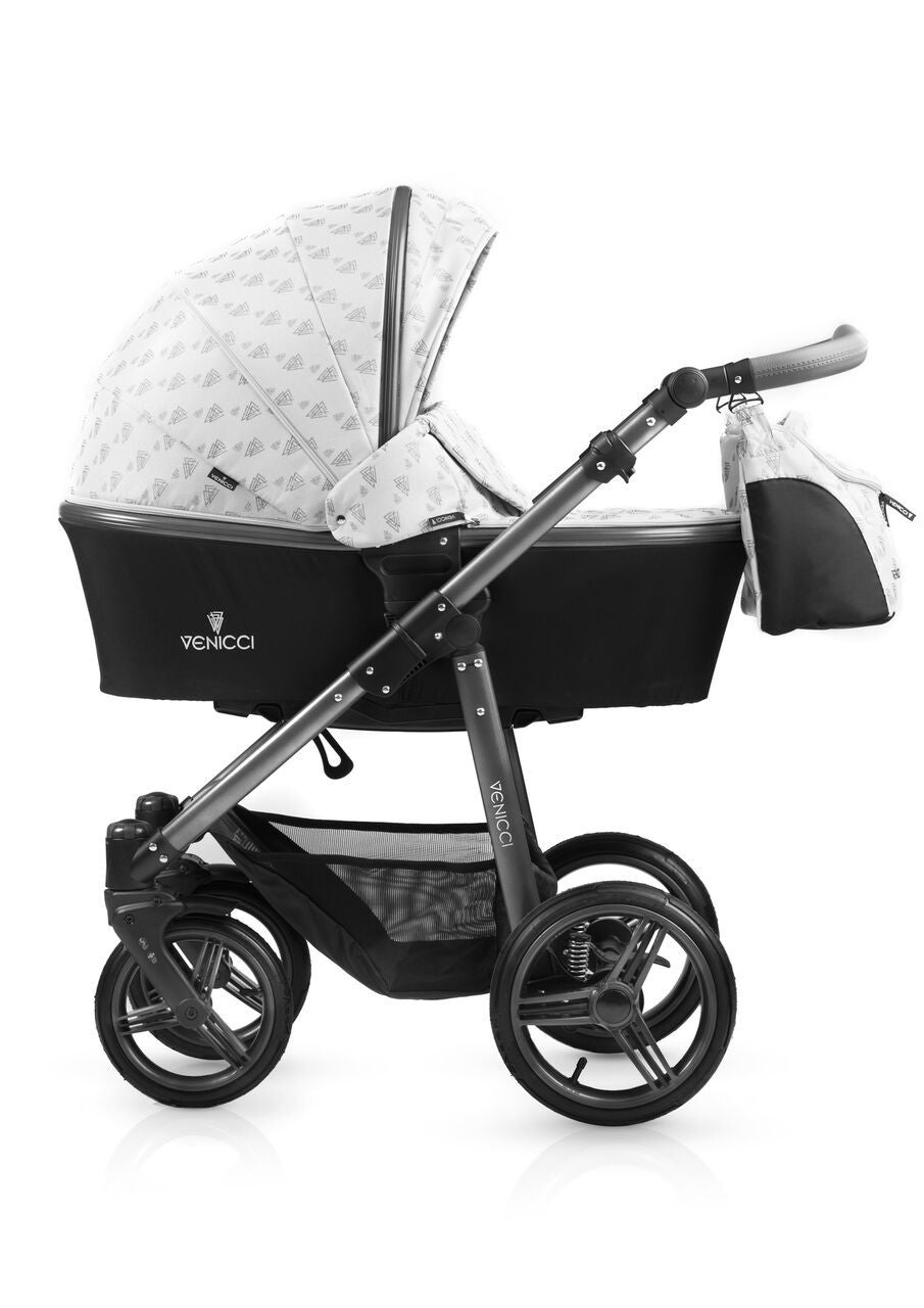 New! Venicci 3V Light Travel System With Car Seat - Baby Gosling