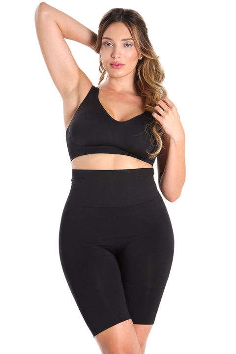 MeMoi Women's Plus size clothing |  MeMoi has plus sized tights, shapewear, socks and gowns for all your lovable curves