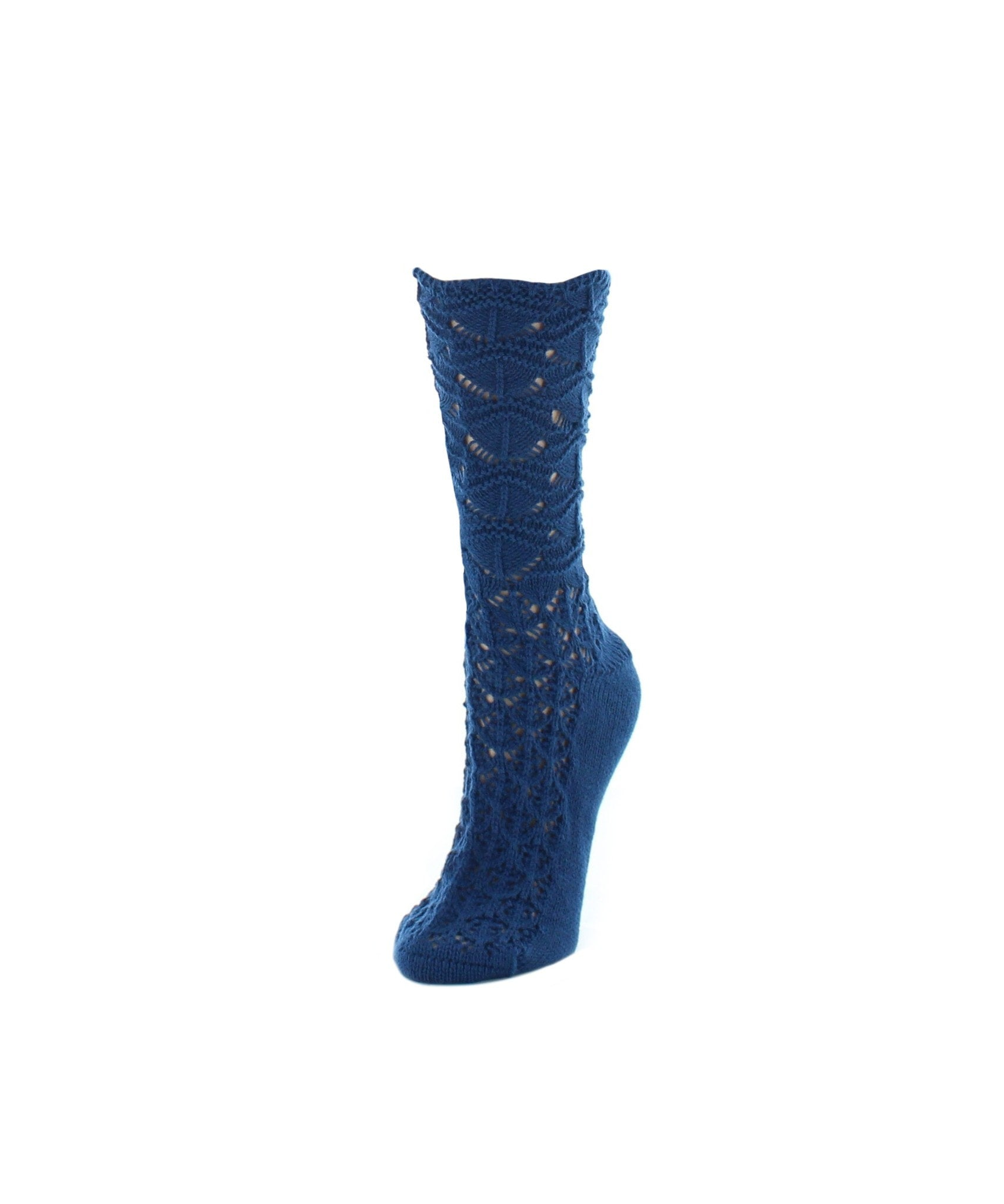 Waves Chunky Knit Crew Socks