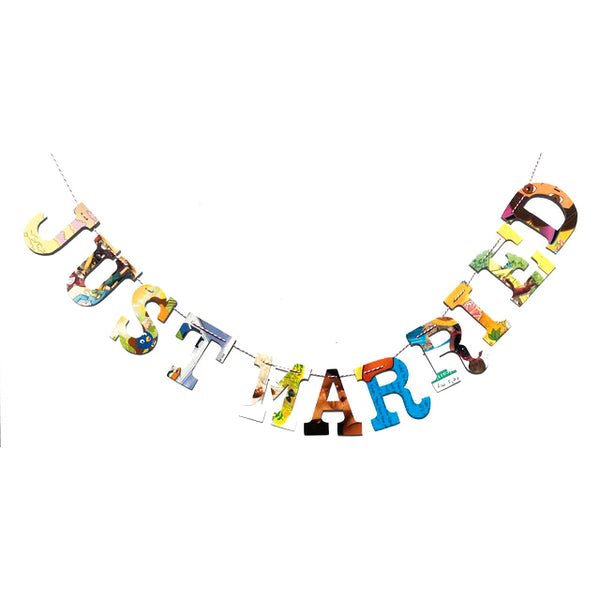 Board Book Phrase Garland Kit - JUST MARRIED