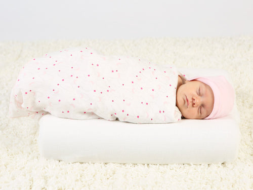 muslin-organic-cotton-baby-swaddle-starry-print-pink