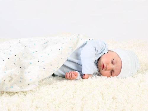 muslin-organic-cotton-baby-swaddle-starry-print-blue