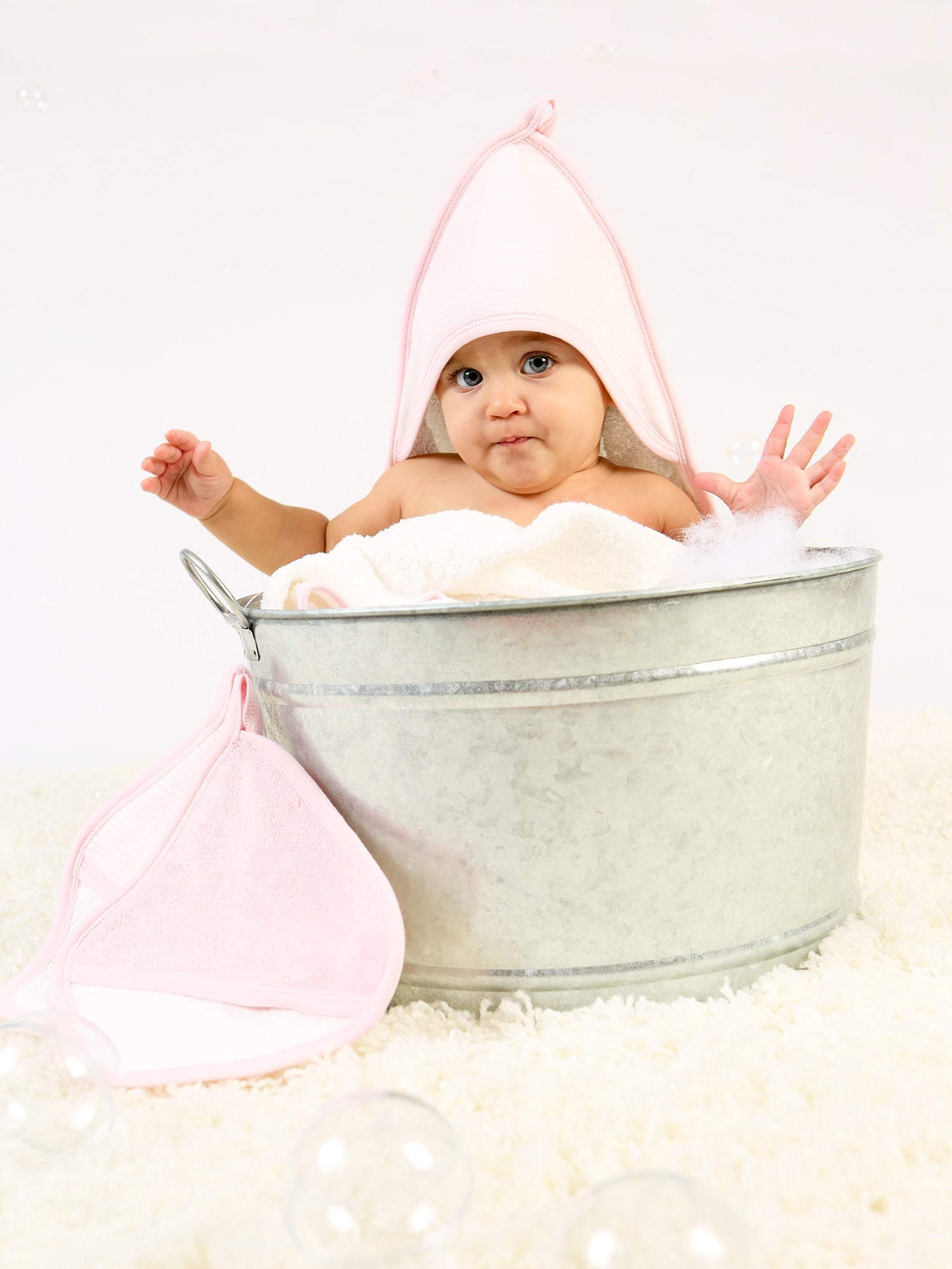 organic-cotton-hooded-baby-towel-pink