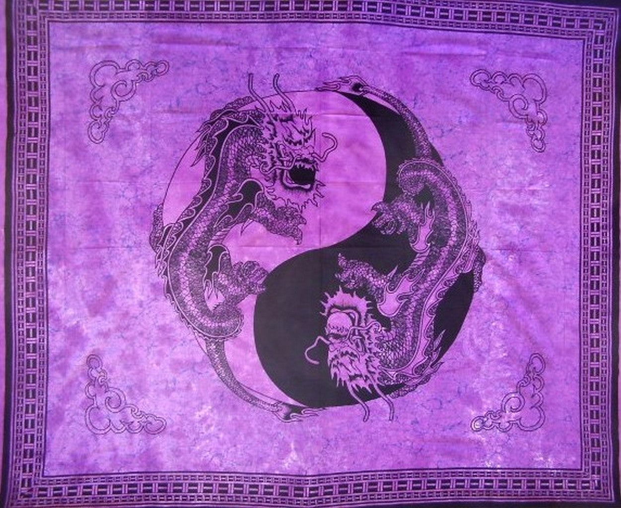 "Yin Yang Dragon Tapestry Cotton Bedspread 108"" x 88"" Full-Queen Purple"