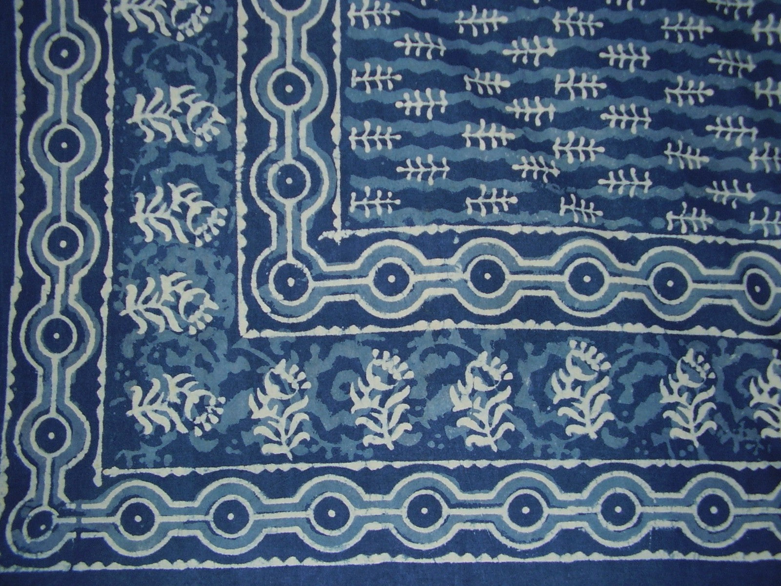 "Dabu Indian Tapestry Cotton Bedspread 108"" x 108"" Queen-King Blue"