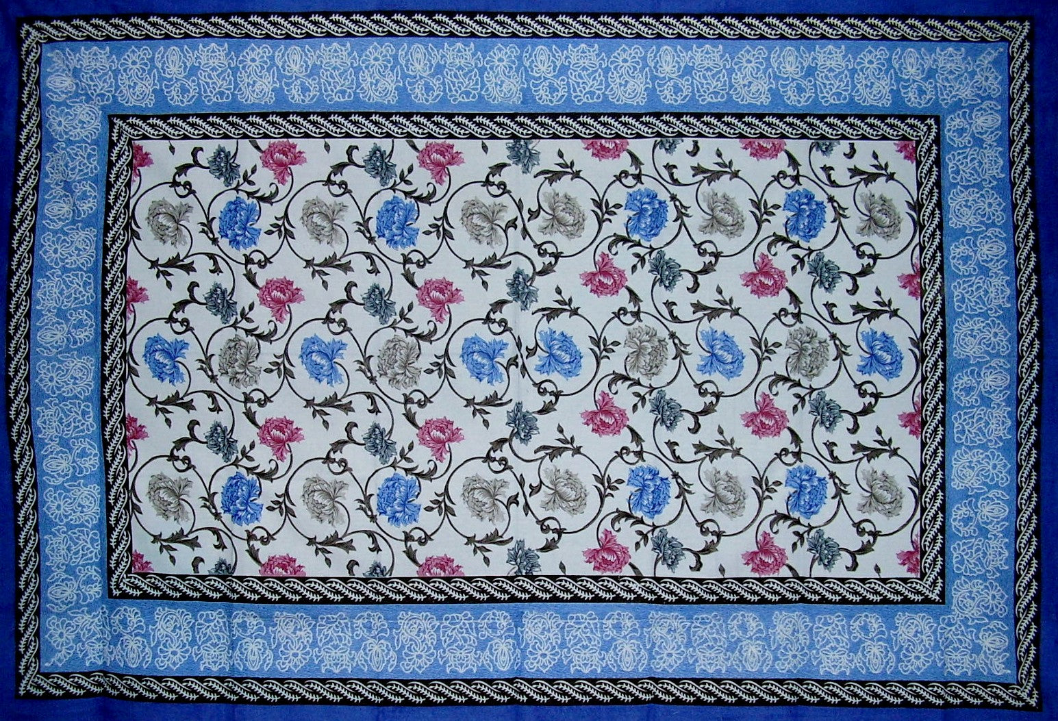 "Mediterranean Floral Tapestry Cotton Bedspread 104"" x 70"" Twin Blue"