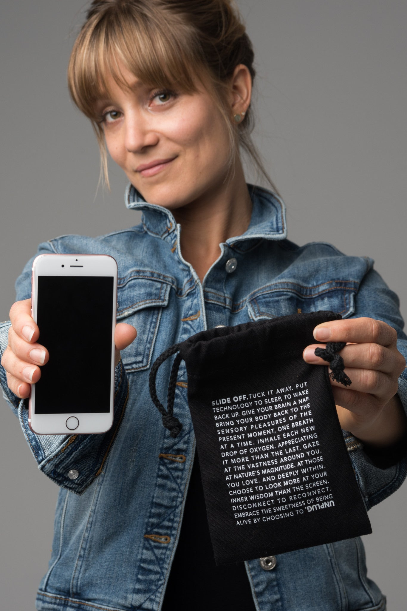 UNPLUG. Cell Phone Pouch
