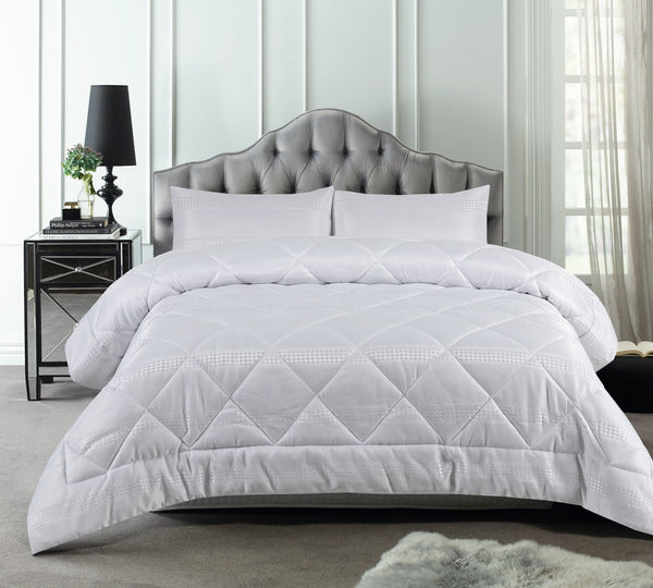 Accessorize White Waffle Stripe 3 Piece Jacquard Comforter Set