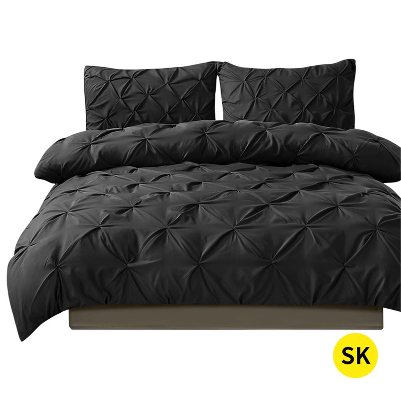 Diamond Pintuck Duvet Cover Pillow Case Set in Super King Size in Black