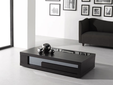 900 -A Modern Coffee Table