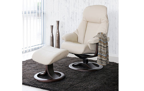 Alfa 520 Recliner with Ottoman