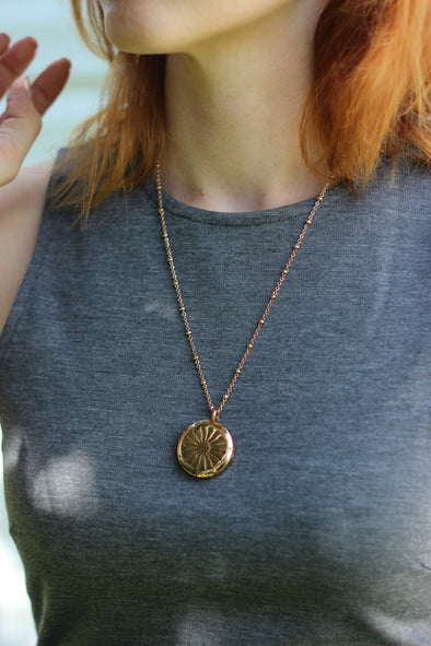 Rose Gold Stainless Steel Diffuser Necklace with Arrow Locket