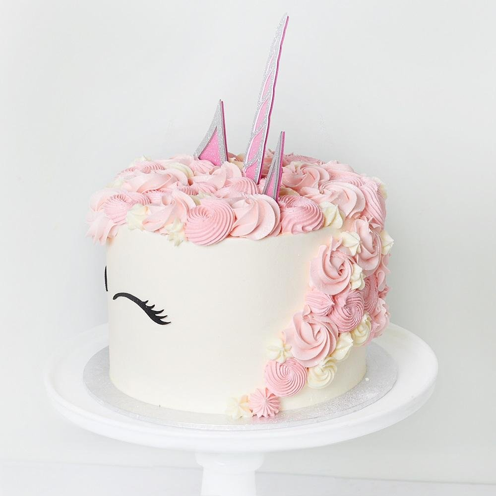 Unicorn Cake - Bluebells Cakery