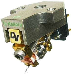Dynavector | Te Kaitora Rua MC Turntable Cartridge | Melbourne Hi Fi