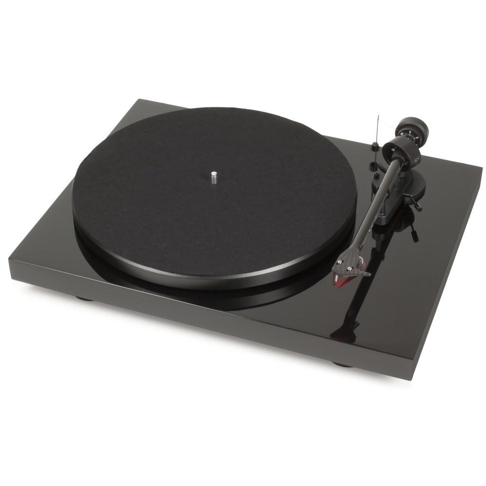 Pro-Ject | Debut Carbon Turntable | Melbourne Hi Fi1