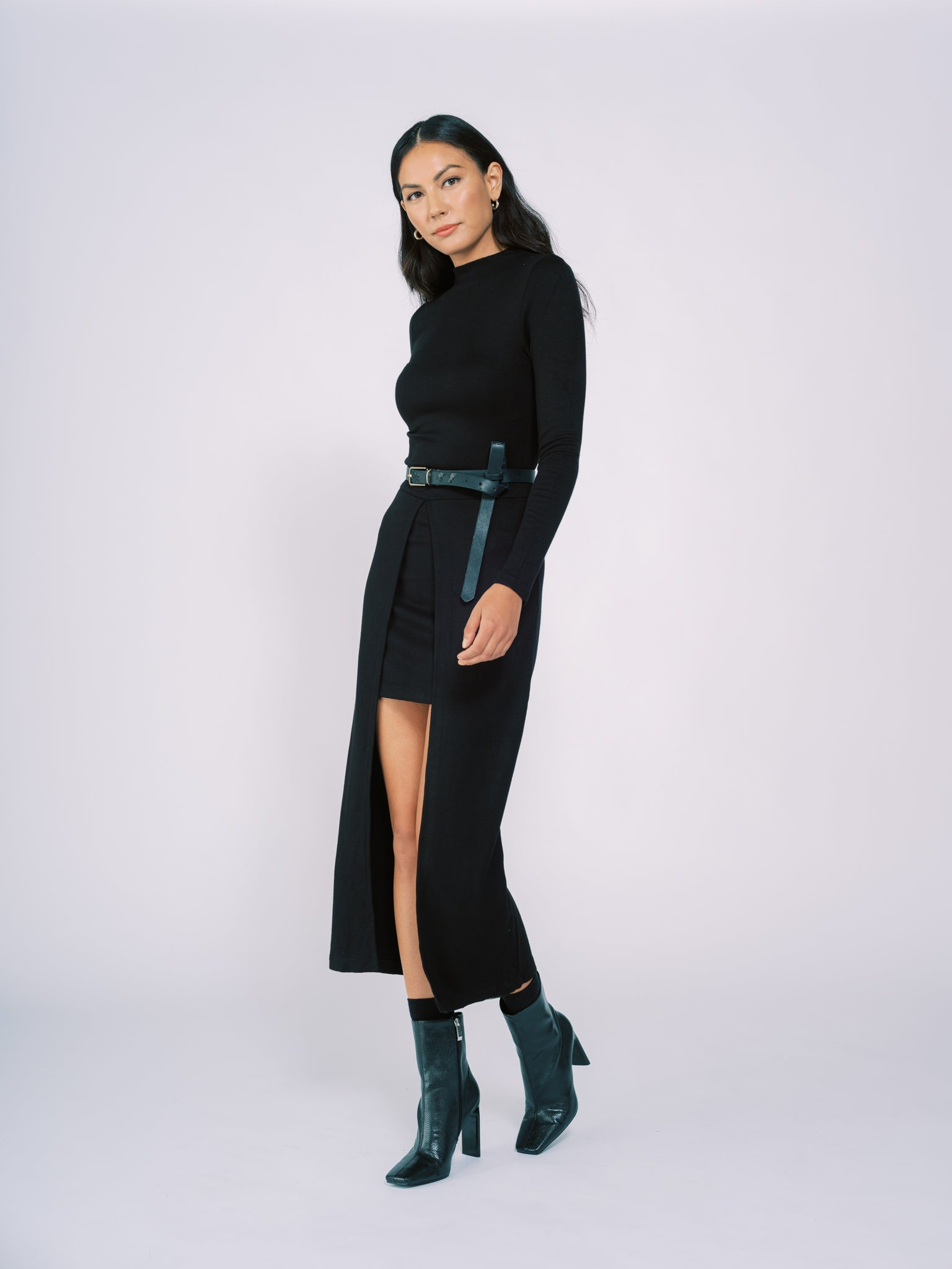 Knit Long Sleeve Dress with High Low Hem in Black