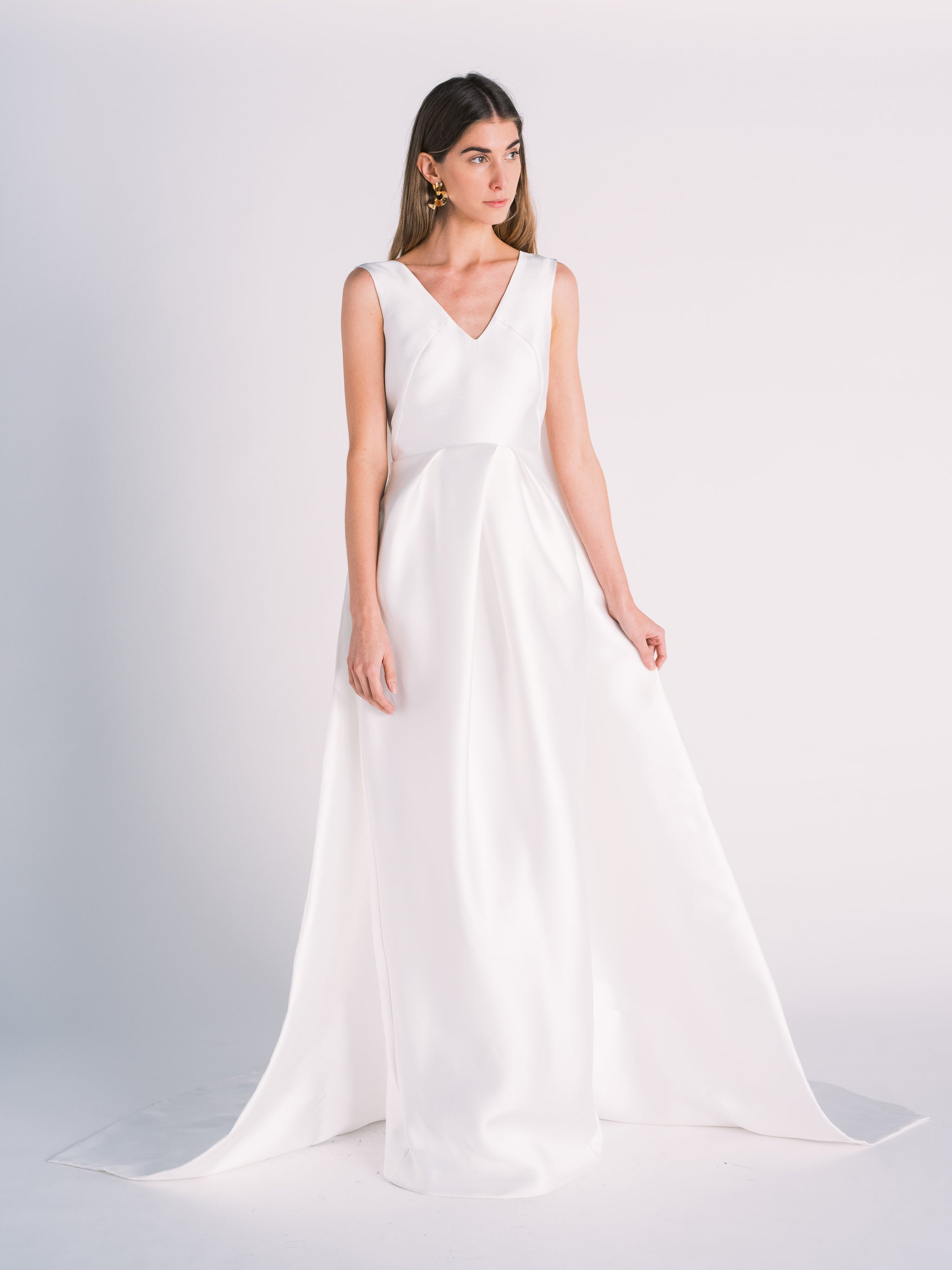 Wedding Dress with Train in Eggshell White