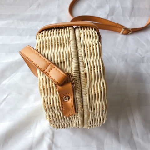 Women Straw Bag Rattan Crossbody Handmade Knitted Shoulder Bags