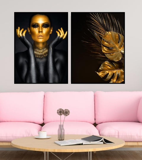 Woman portrait in gold - Poster - Plakatbar.no