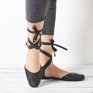 Ana, black leather ballerina shoes
