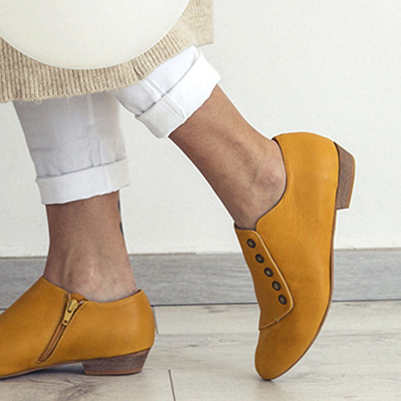 yellow shoes outfit