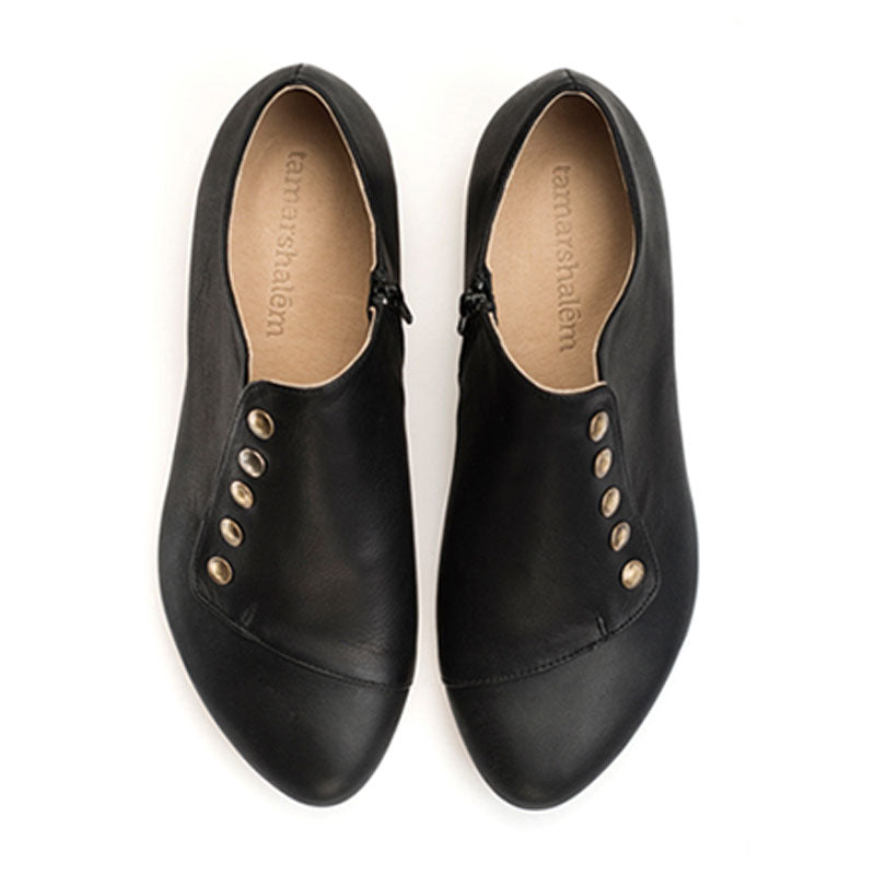 Grace, Black leather handmade shoes