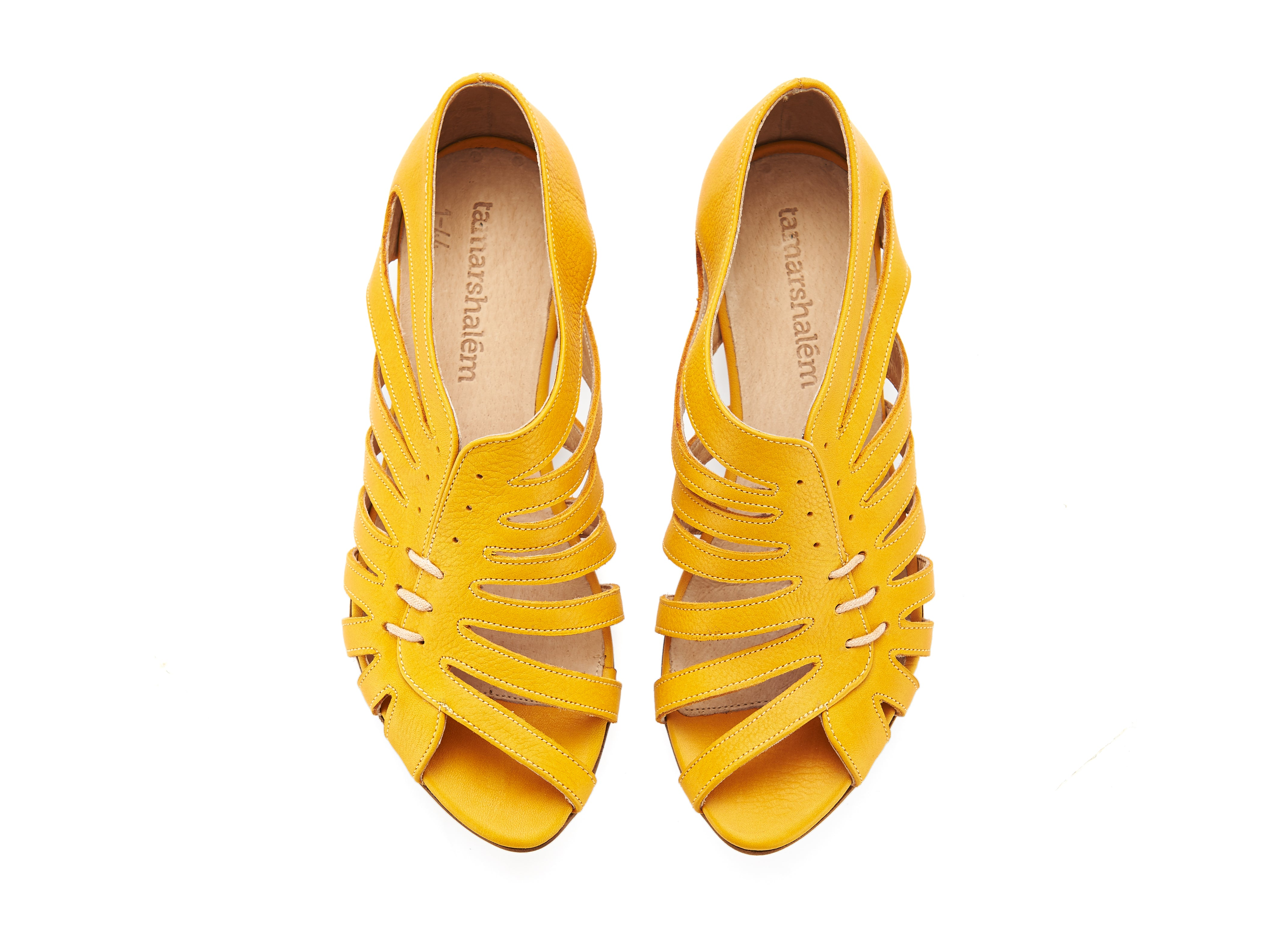 Gilly sandals, yellow