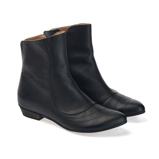 Black leather ankle boots, Kim