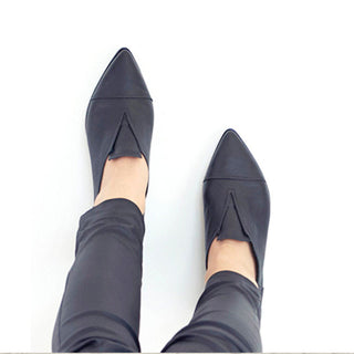 Pointy black handmade leather flats, Stella shoes