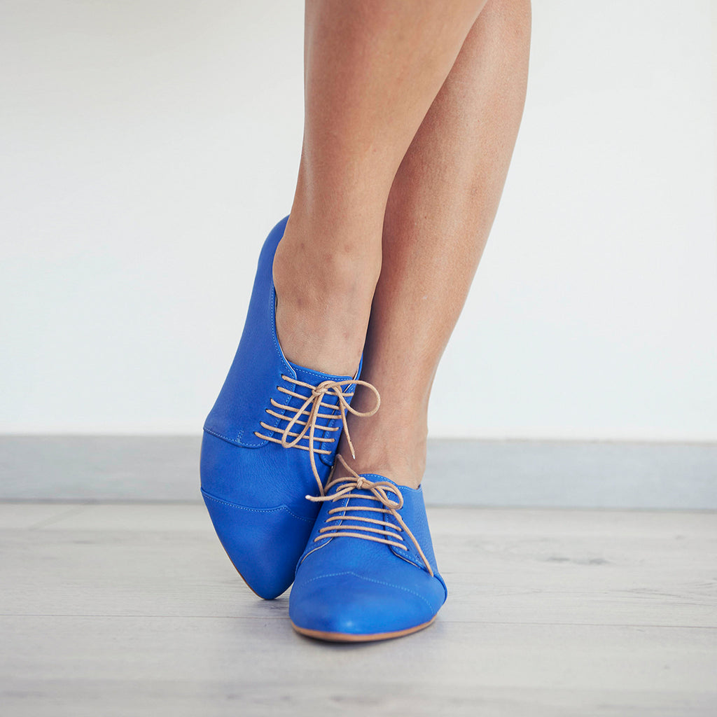 Royal blue oxford shoes, Polly Jean