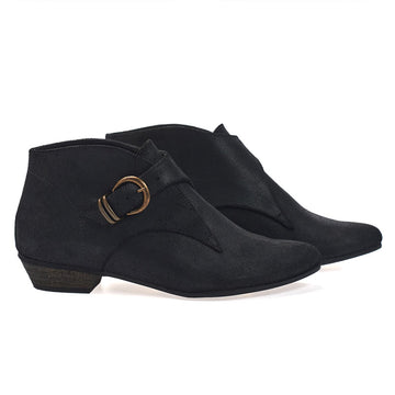 Tina, Black ankle boots, handmade flat leather boots