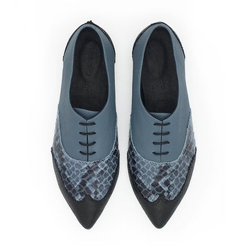 Classic  pointy oxfords, Valerie blue