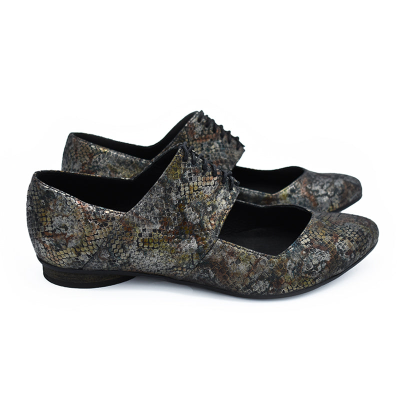 Vicky, handmade ballerina shoes in metallic print