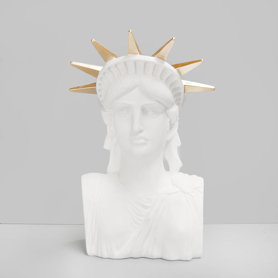 Libby The Statue - White/Gold