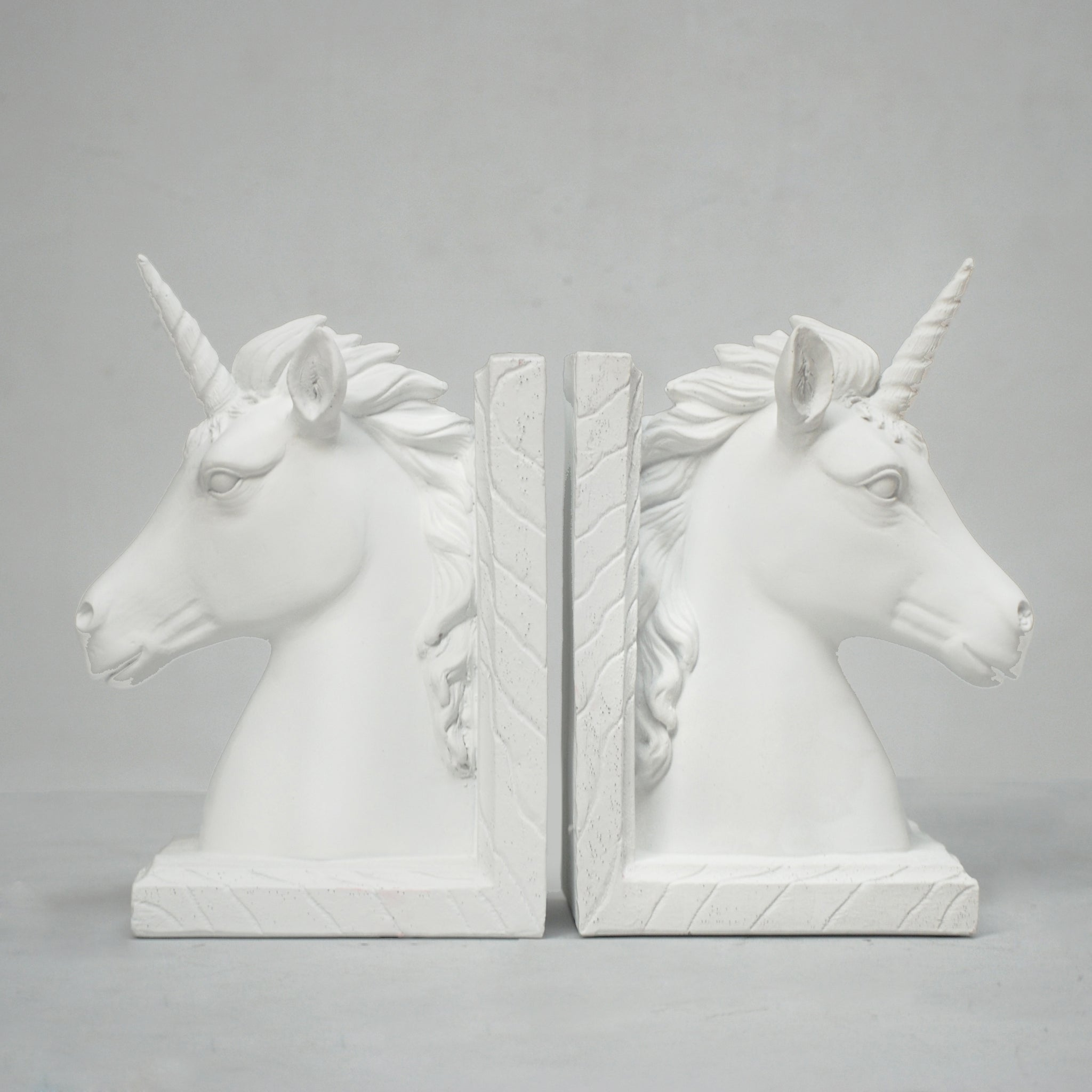 beautiful unicorn bookends in white resin for home decor