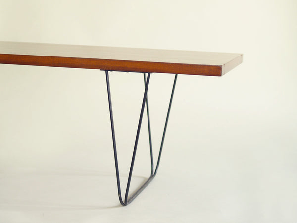 Table basse CM 191 de Pierre Paulin pour Thonet, France (vers 1957)..CM 191 Coffee table by Pierre Paulin for Thonet, France (vers 1957)